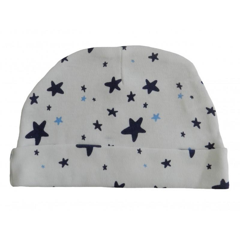 Bonnet naissance blanc avec ses étoiles imprimées de couleurs bleu et bleu marine.