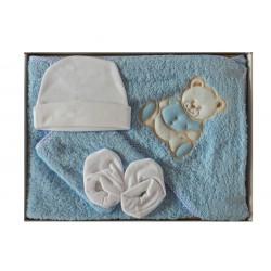 Coffret naissance bleu comprenant une cape de bain, un gant de toilette, un bonnet naissance et des petits chaussons