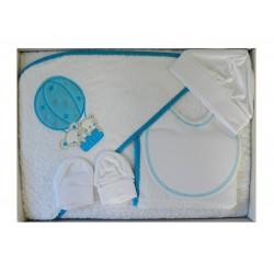 Cape de bain blanche broderie d'une montgolfière turquoise. Plusieurs accessoires de puériculture